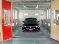 吾妻自動車工業株式会社板金塗装工場画像2
