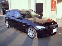 BMW 320iツーリング板金塗装完了